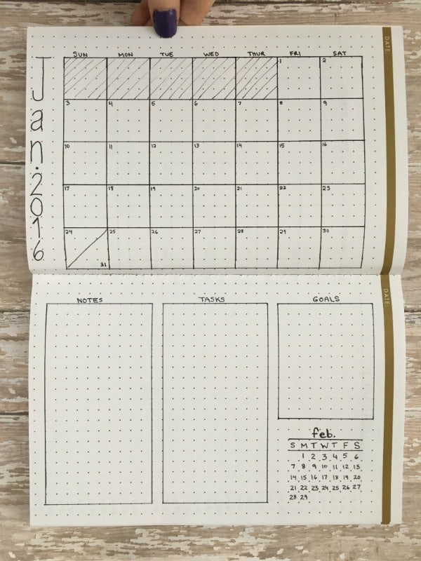 Free Lined Weekly Calendar Printable : Monthly layouts to simplify your life page flutter