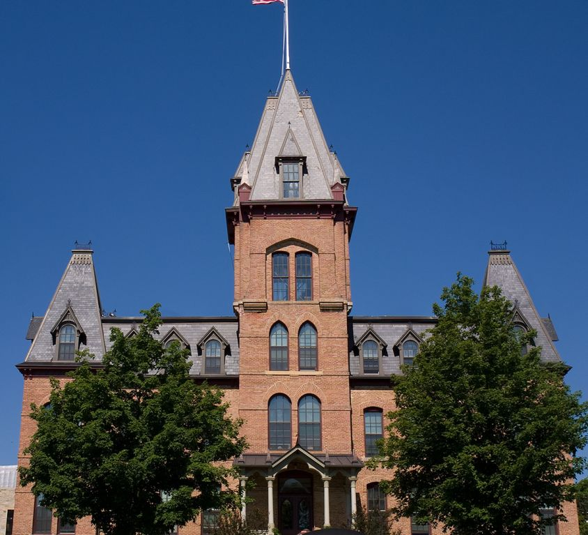 Old-Main-St-Olaf-College-Northfield-Minnesota