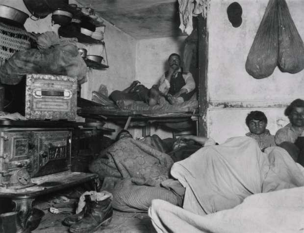 """Jacob Riis, """"Lodgers in a Crowded Bayard Street Tenement,"""" Wikimedia Commons, accessed July 28, 2015."""
