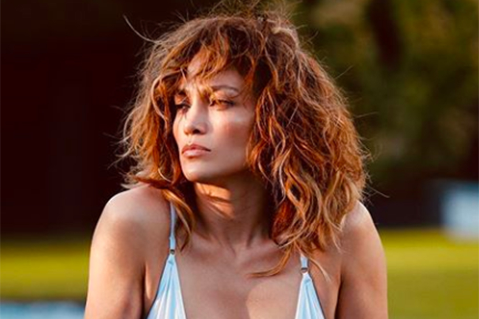 Jennifer Lopez Goes Naked In Sexy Swimsuit And Shows Off