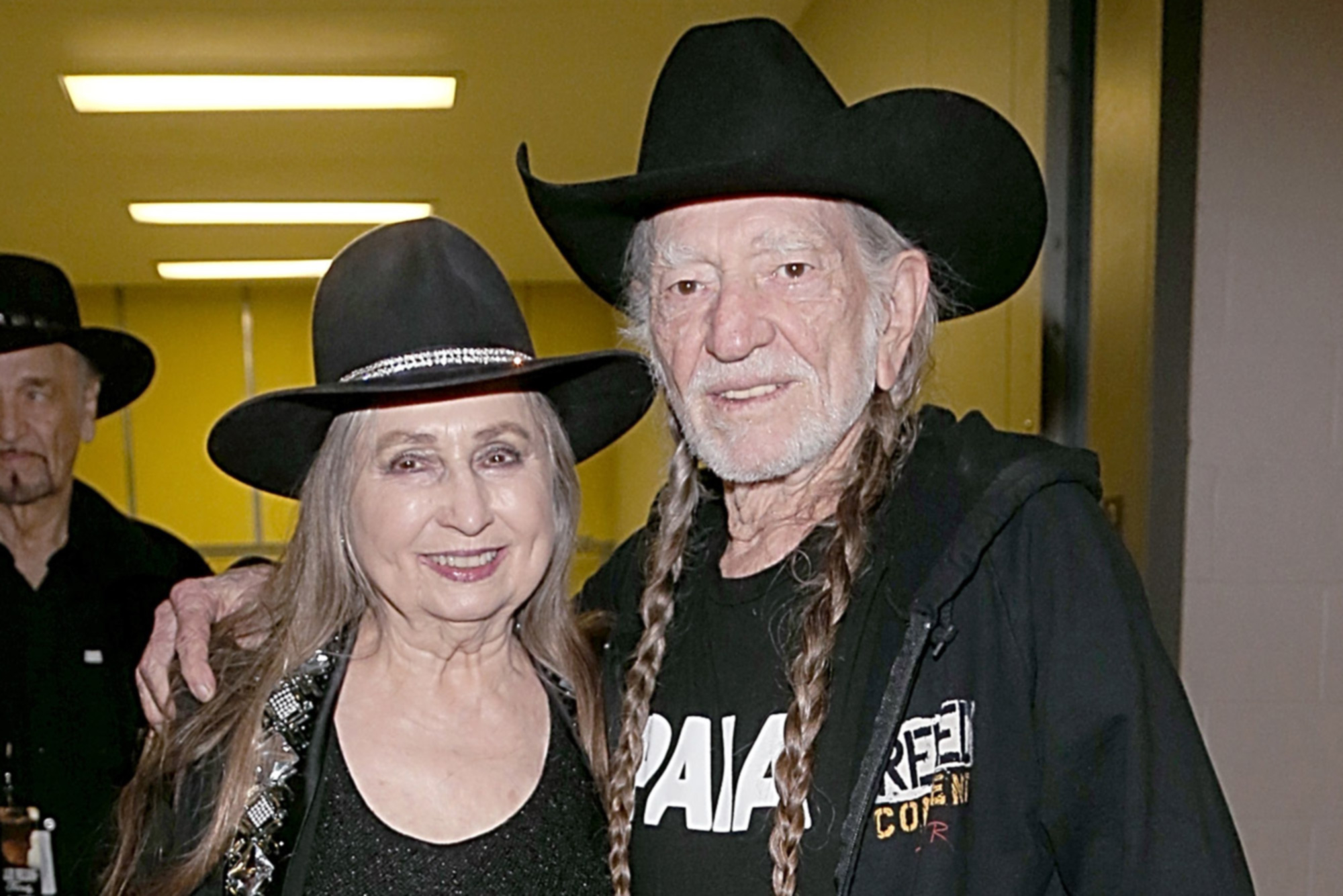 Willie Nelson And Sister Bobbie Prep Book About Life In Music