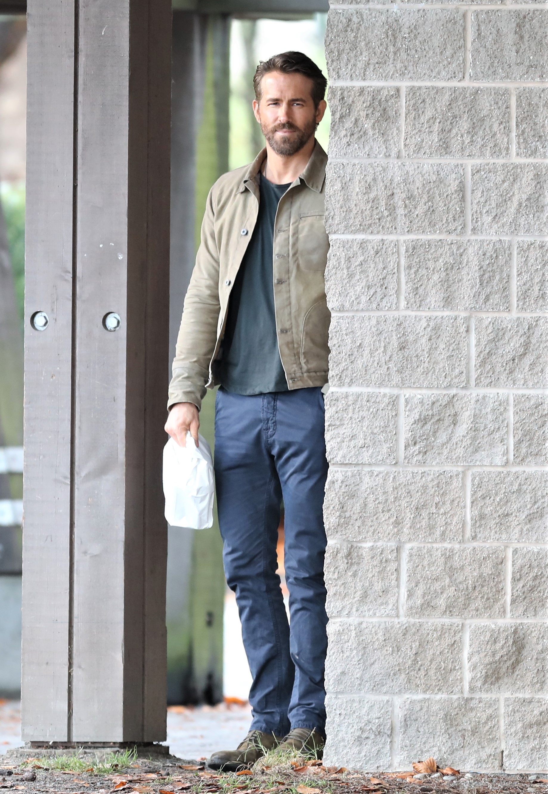 EXCLUSIVE: FIRST LOOK!  Ryan Reynolds is spotted on the set of his new Netflix movie, 'The Adam Project' in Vancouver, Canada.