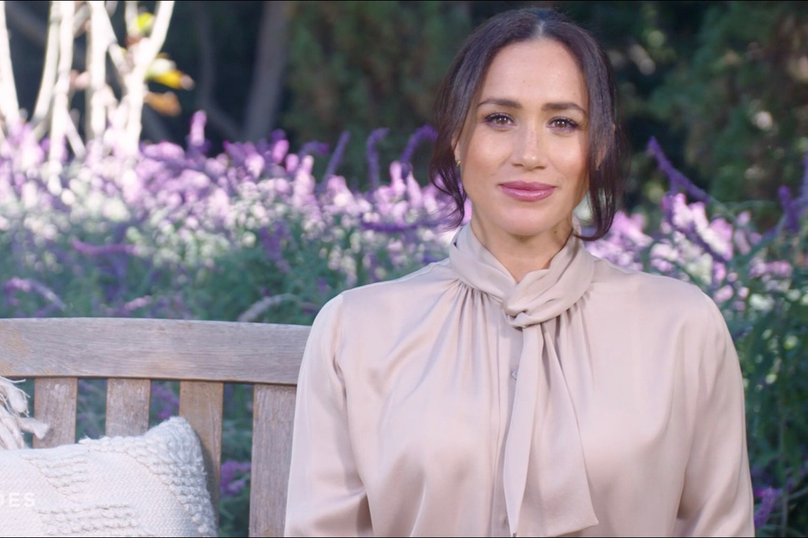 Meghan Markle honors COVID-19 heroes in surprise appearance on CNN 1