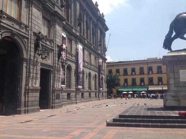 earthquakes in mexico city - square, rubble, debris