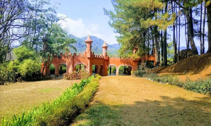 Istana Kutilang Bukit Baros