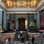 Staircase_hall_of_the_National_Gallery,_London