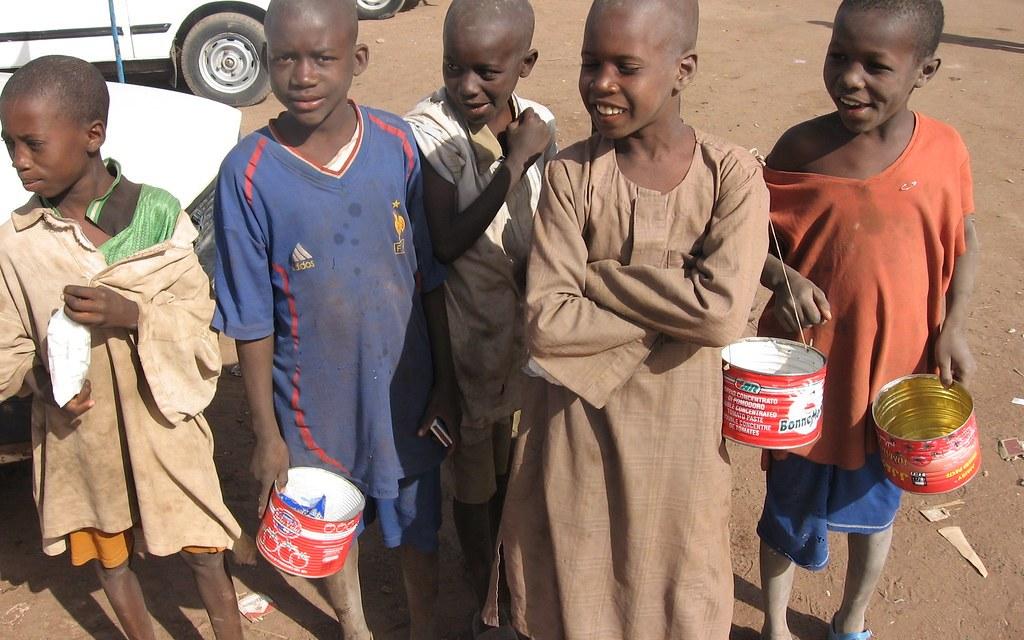 AFRICA. Bambini talibés, gli schiavi dell'elemosina