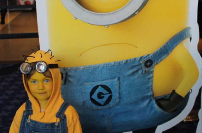 Easy DIY Despicable Me 'Minion' Costume