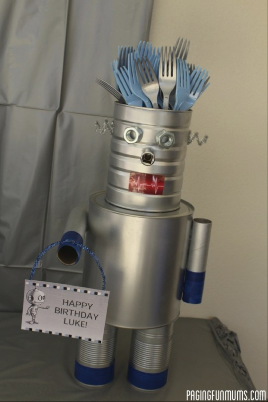 Robot Cutlery Holder