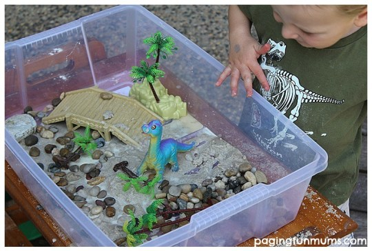 Sensory Play with Quicksand and dinosaurs!