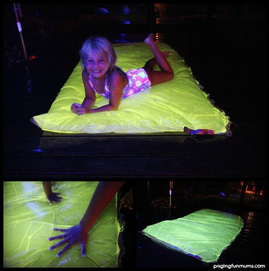 DIY-Glowing-Water-Blob