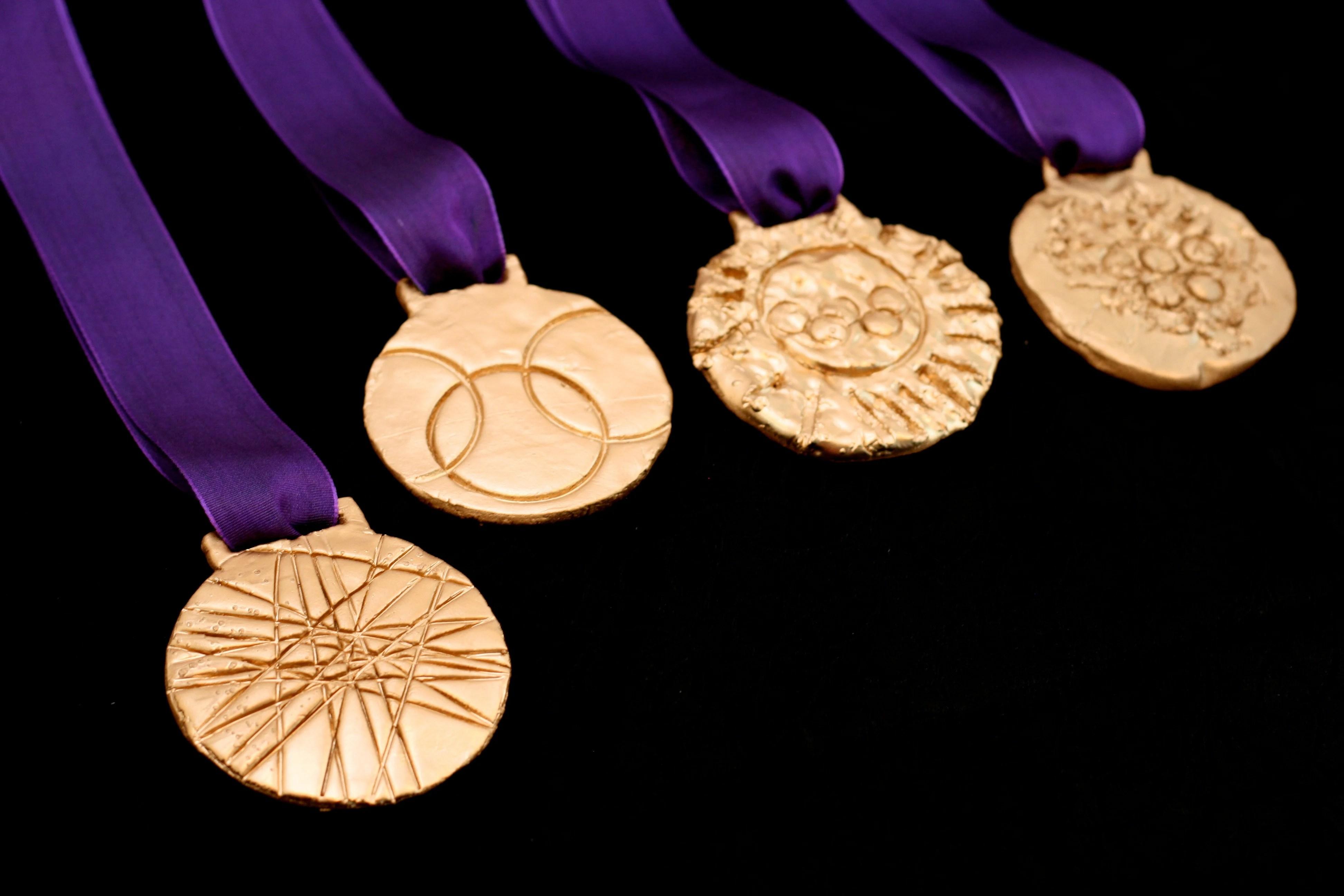 Make A Gold Medal