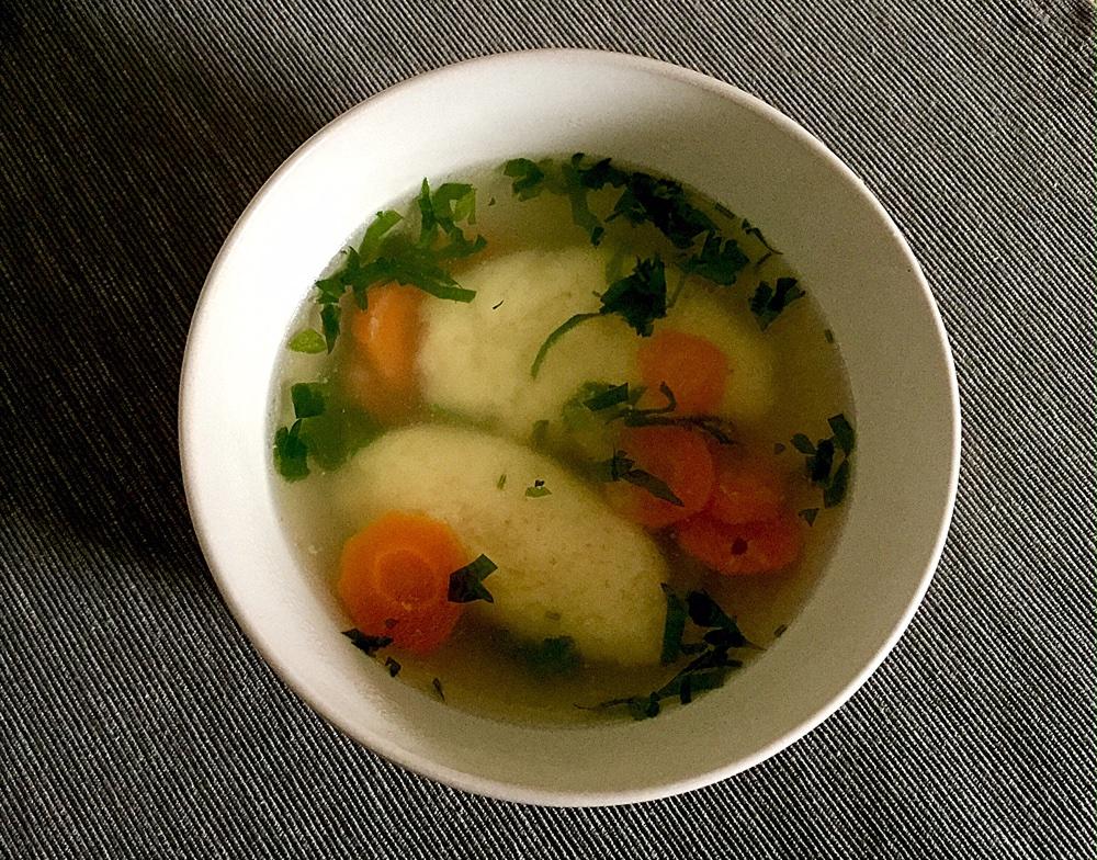 Supă de legume cu găluște