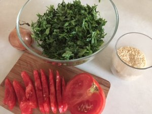 Ingrediente pentru salată tabbouleh sau salată de pătrunjel