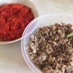 Legume mărunțite pentru zacuscă de ciuperci și ardei copți