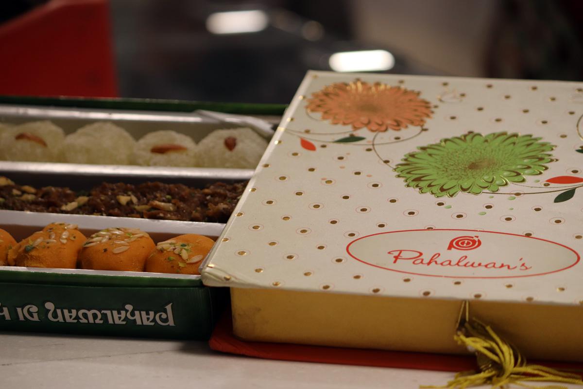 pahalwan sweets