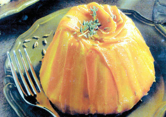 Budincă de morcovi cu ceapă şi brânză