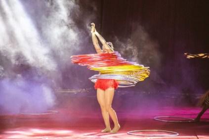 Bailarina do Le Cirque. Crédito: Luiz Fabiano / Comunnik.