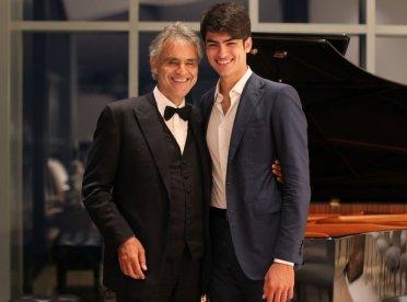 Andrea Bocelli e Matteo Bocelli.
