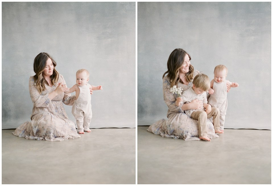 Mother with babies sitting Denver photographer