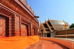 Чеди Пхра Патом в Таиланде