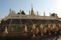 Буддистский храм в Мае Сай