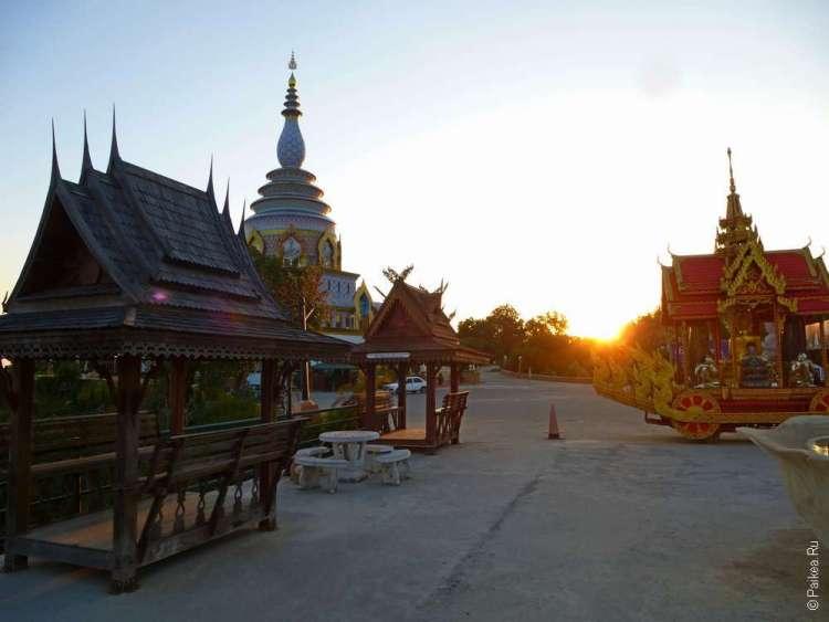 Закат в Тха Тоне