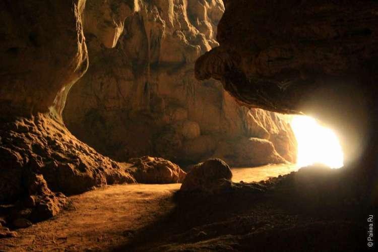 Пещера Там Пи Ман Северный Таиланд