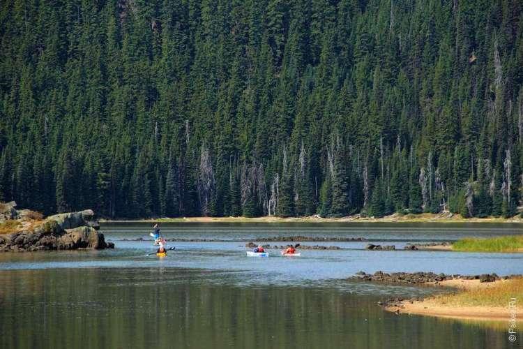 Каскадное озеро в США