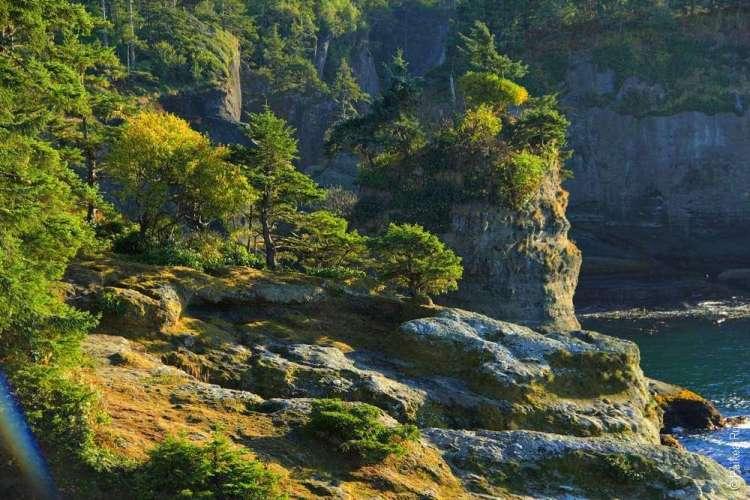 Мыс Флэттери - Скалы на Тихоокеанском побережье США