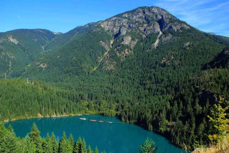 Озеро Диабло и горы