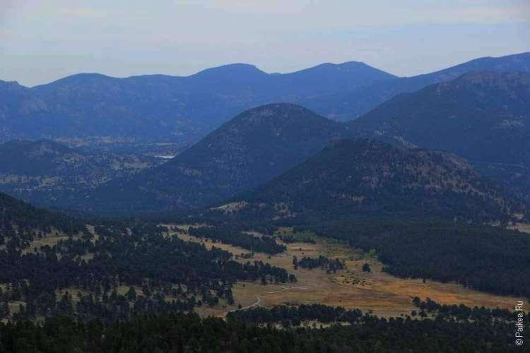 Долина в Скалистых горах