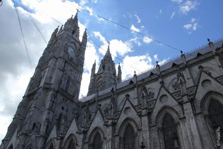 готический собор в эквадоре