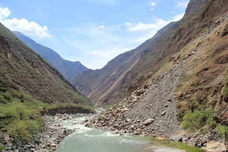 Река Апуримак и дно каньона