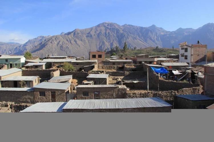 Деревня Кабанаконде и каньон Колка