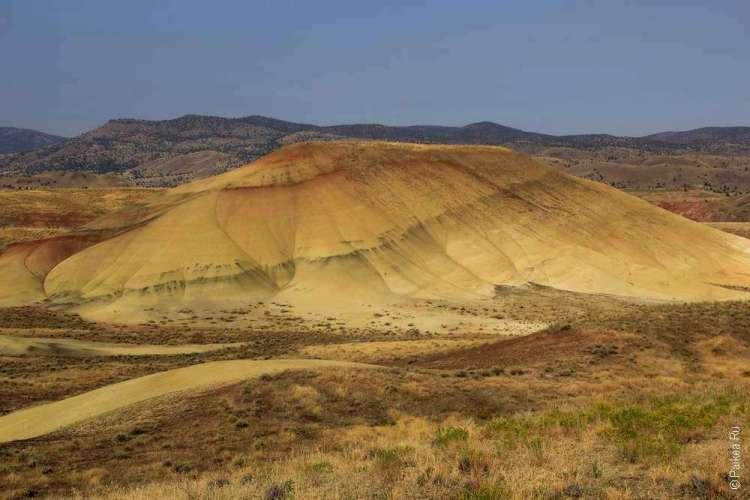 Желтый холм в национальном парке США