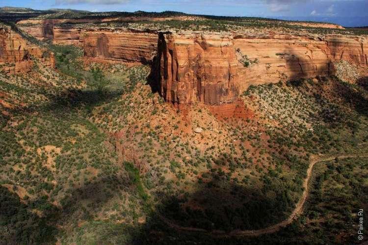 Живописная дорога Rim Rock Drive, Национальный памятник Колорадо, США 08