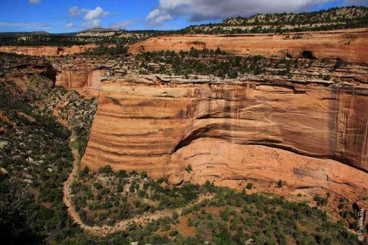 Живописная дорога Rim Rock Drive, Национальный памятник Колорадо, США 14