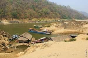 Порт на реке Салуин