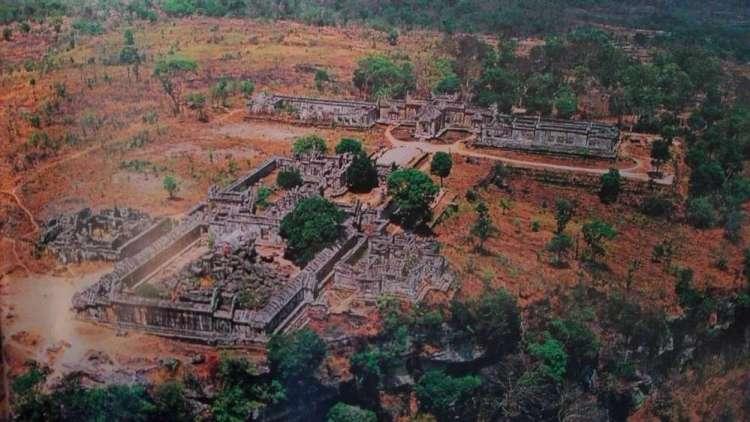 Храм на горе Преа Вихеа