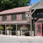 Йеллоустоун отели - Inn on the Creek