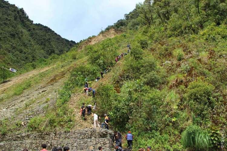 Туристы в Перу обвал