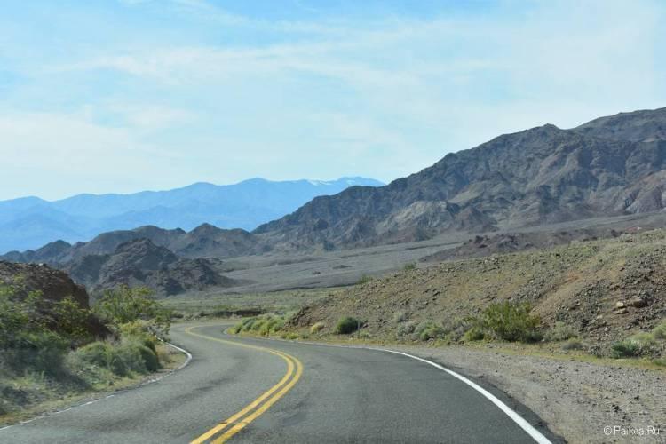 Дорога в Долину Смерти