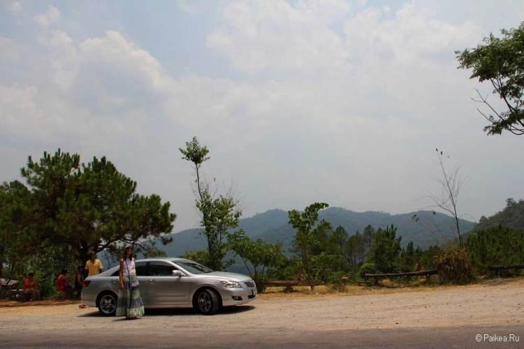 Красивая дорога на севере Таиланда