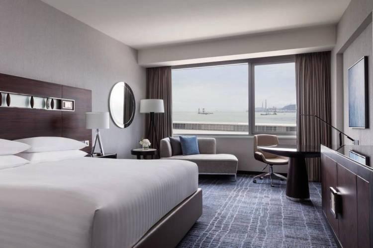 Отели Гонконга SkyCity Marriott