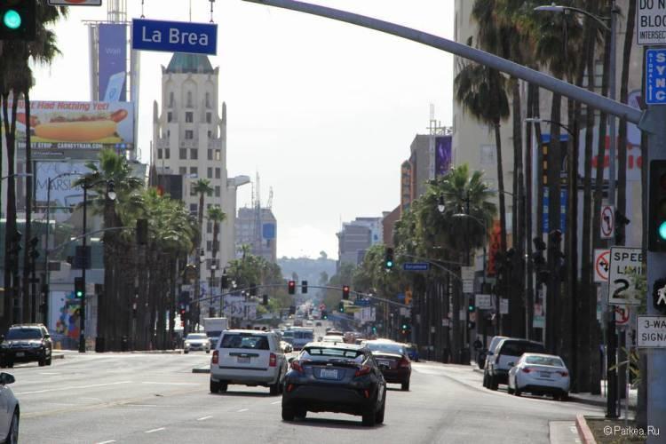 Хороший отель в Голливуде с бесплатной парковкой - Hollywood La Brea Inn, Лос-Анджелес 19