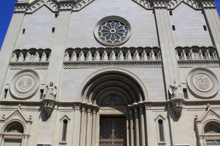 Церковь Святых Петра и Павла в Сан-Франциско 06