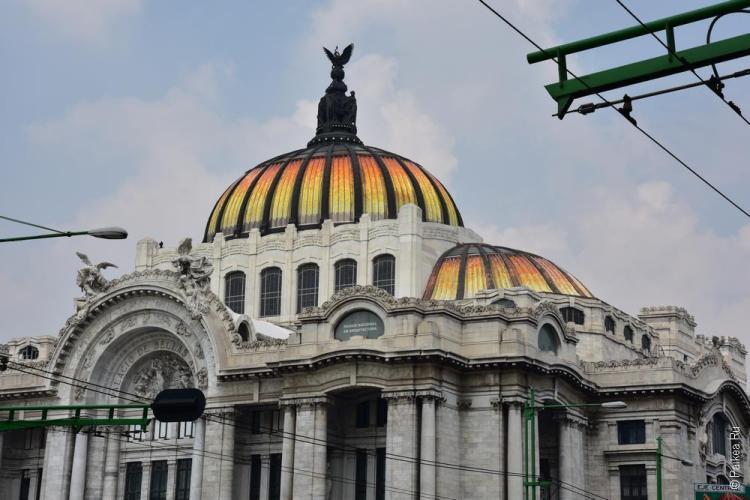 мехико дворец