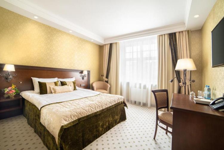 гостиницы санкт петербурга садовая улица