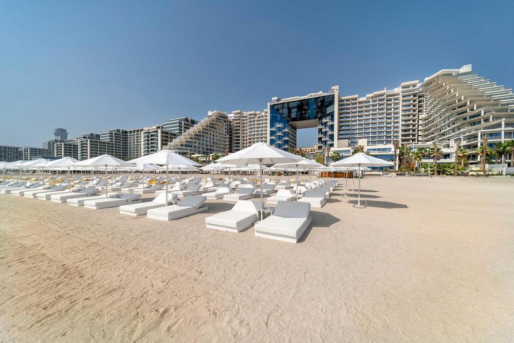 Отели дубай 5 звезд с пляжем дубай феррари парк официальный сайт